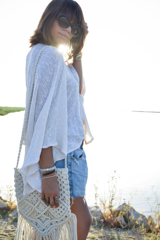 shorts_boho_shirt_outfit-30